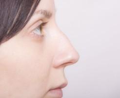 超痛い鼻の中のニキビの原因と早く治す5つの方法