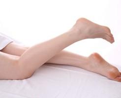 靴を脱ぐのに躊躇しちゃう足の臭いの原因と改善対策