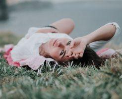 恥ずかしい眉間のニキビの原因と早く治す6の改善対策