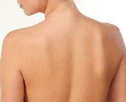 背中ニキビの原因と6の徹底的な改善対策